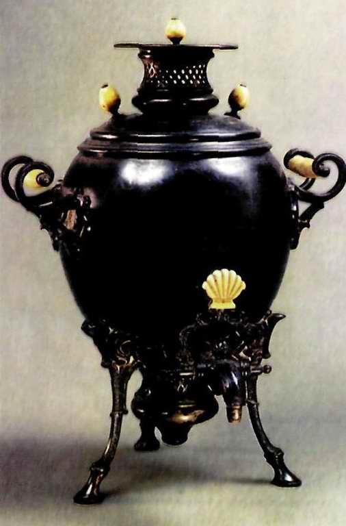 Самовар-яйцо. Петербург. 1860 гг.